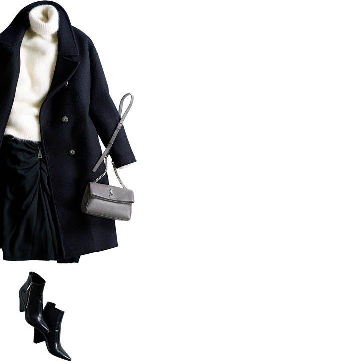 【4】サイドジップブーツ×黒スカートでクールフェミニンな足元コーデ