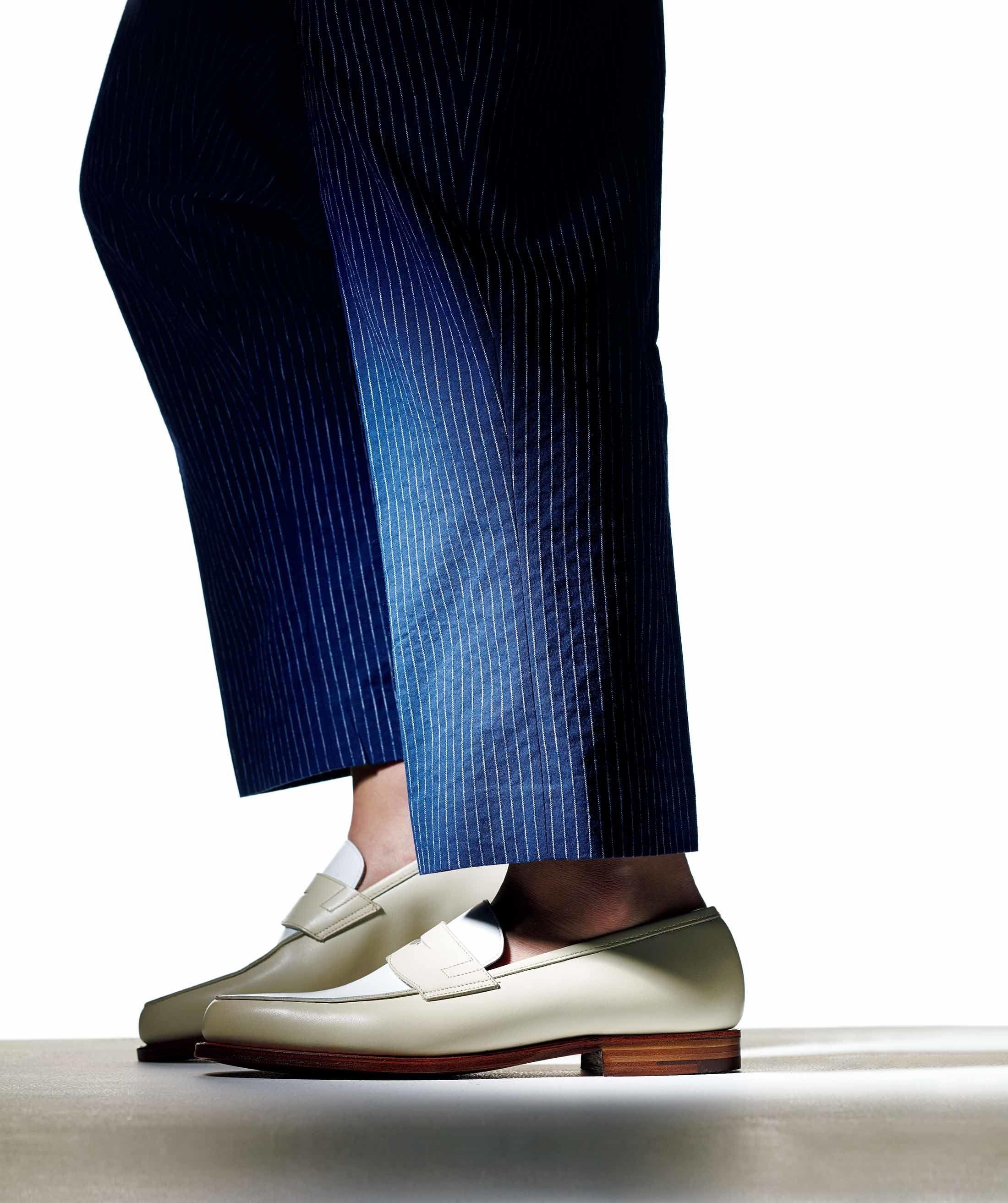 【1】靴とパンツのすそは「4㎝あけ」が正解
