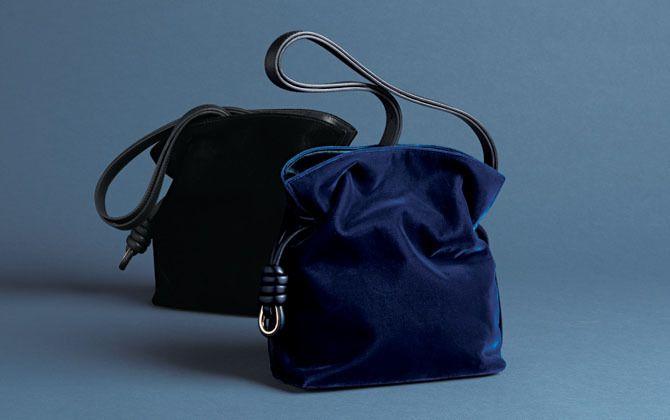 【8】ロエベのスモールバッグ