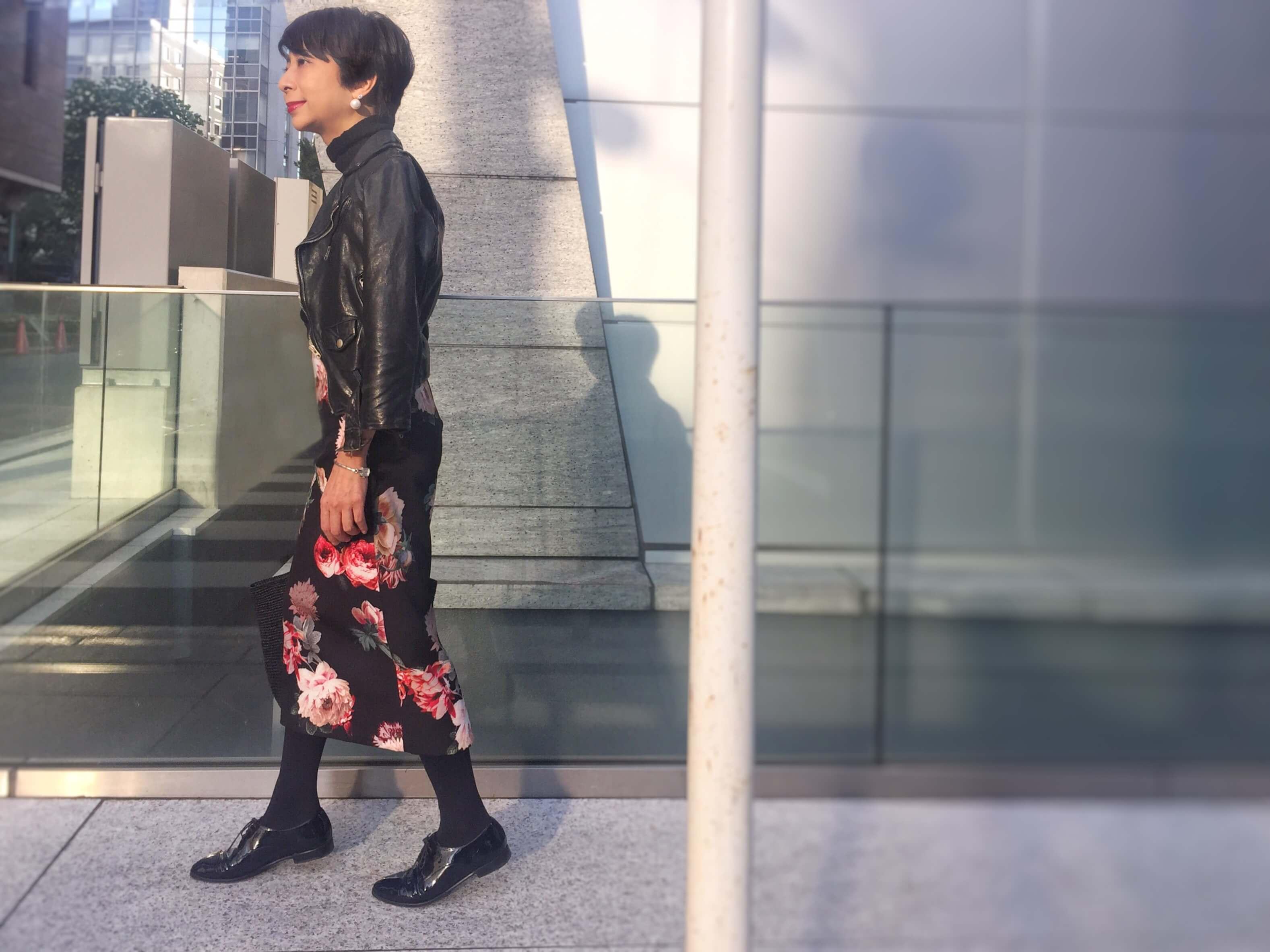 【4】ライダース×ロングスカートは好相性