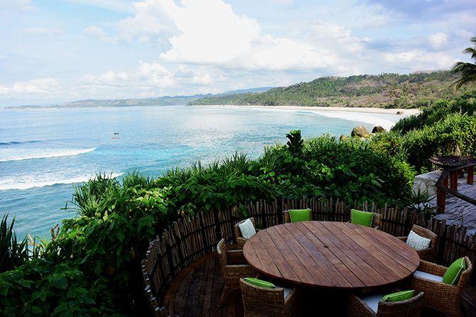 スリル満点!ドラゴン棲む楽園リゾート インドネシア・コモド島 | インドネシア | LINEトラベルjp 旅行ガイド