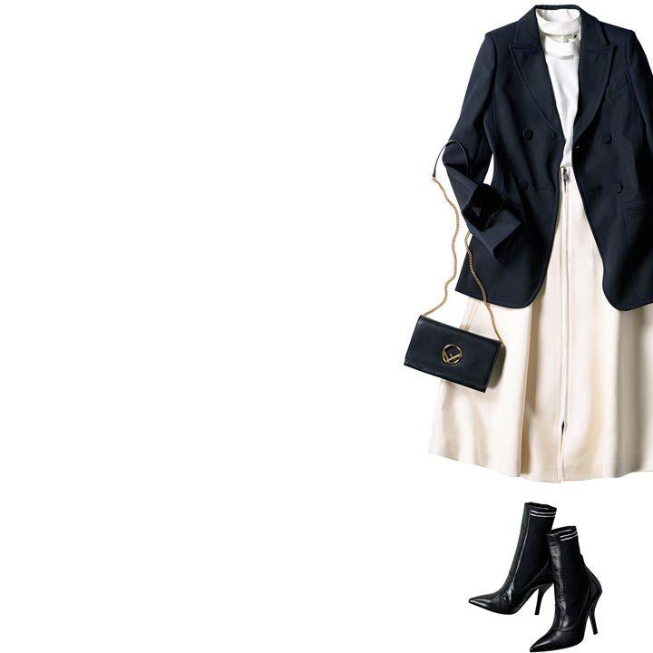 テーラードジャケット×フレアスカート×ソックスブーツ