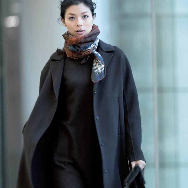 【6】ベビーカシミアのダブルフェイスコート×ワンピース×柄スカーフ
