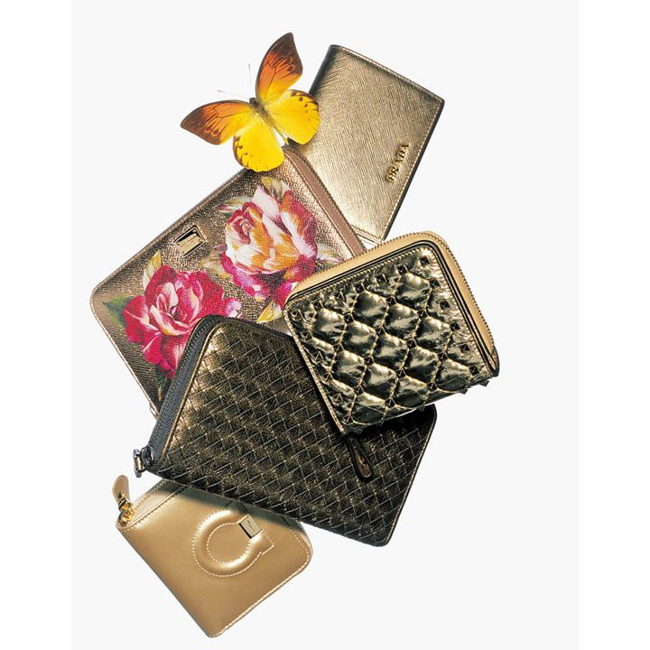 金運アップに最強!春いちばんに新調したい迫力の「ゴールド財布」