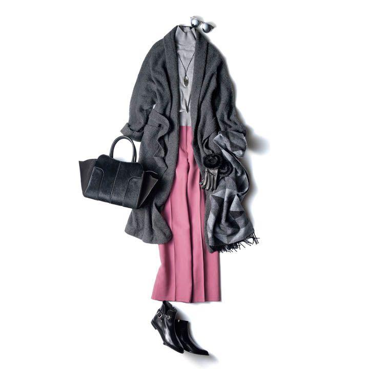 【5】グレーのタートルネック×キレイ色スカート