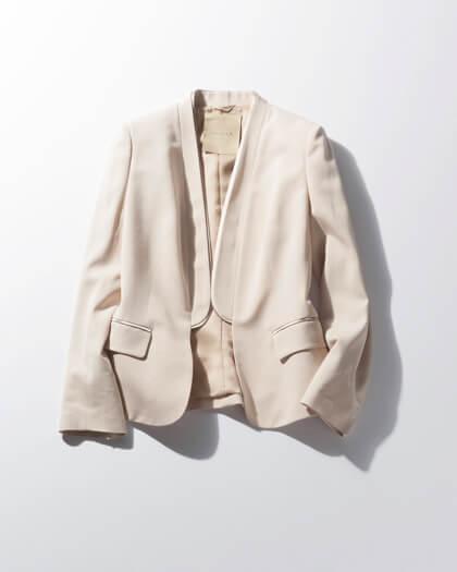 【6】ベージュジャケットの着回しコーデ