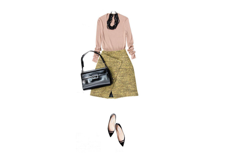 【2】グリーンのスカート×キャメルのニット
