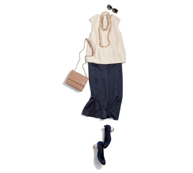 【6】ベージュトップス×ネイビースカート